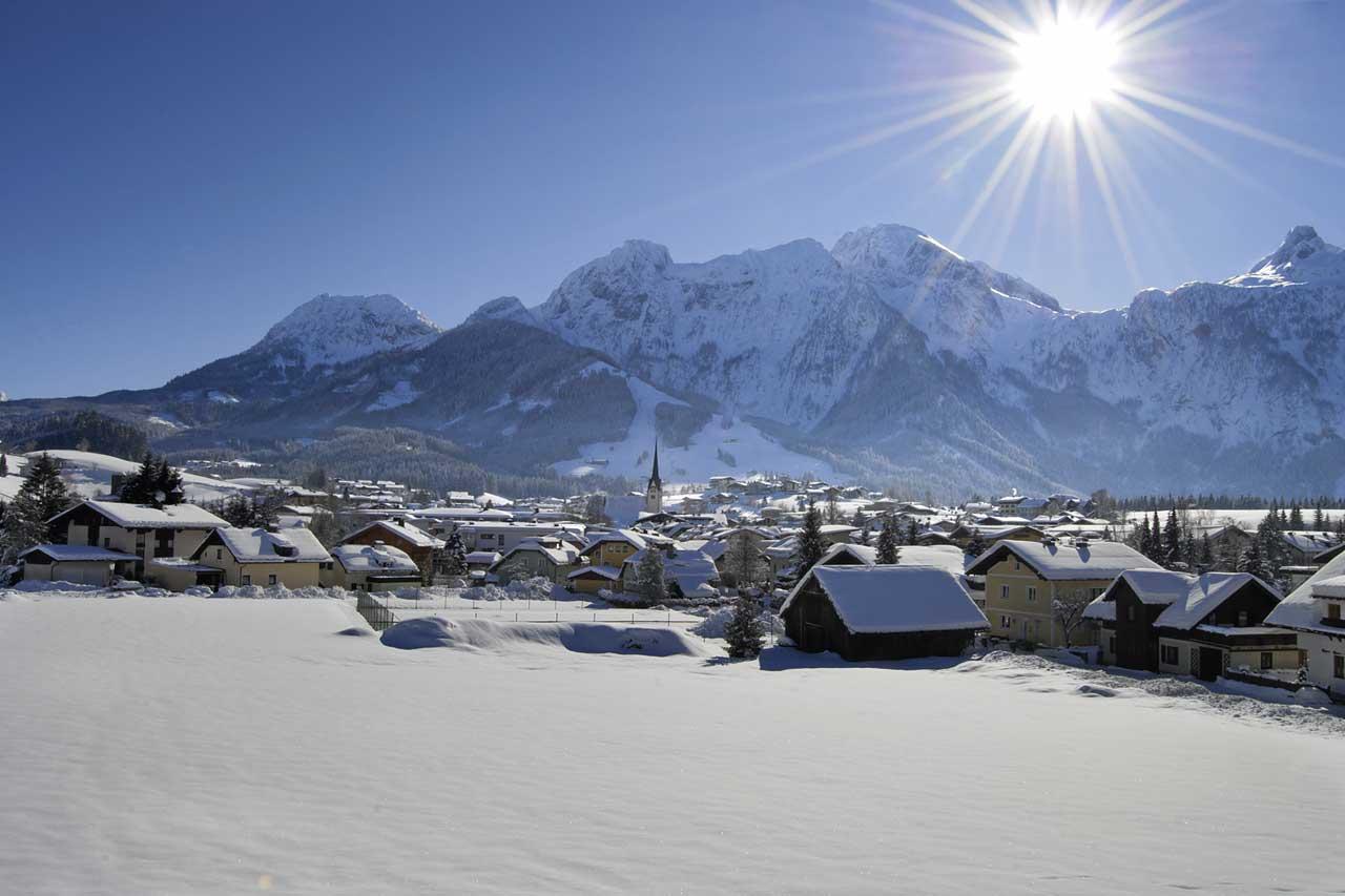 Hotel Traunstein in Abtenau im Winter
