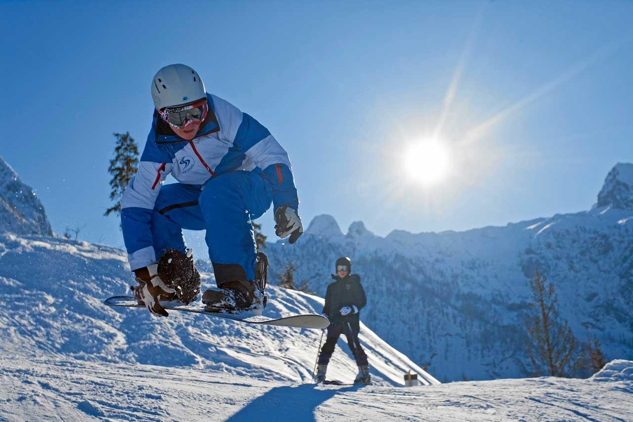 Hotel Traunstein in Abtenau - Snowboard